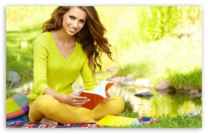girl_reading_a_book_2-t2