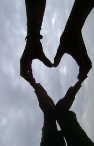 tumblr_static_hand_heart