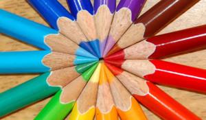 color_wheel_pencils
